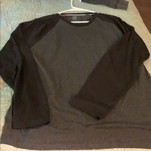 Old Navy Shirts - Old Navy XL Men's long sleeve tee gently used